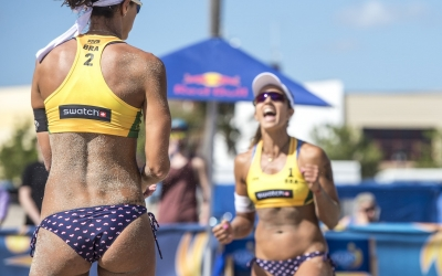 8 things you should never do on a beach volleyball court