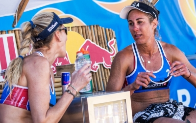 Kerri and April all set for #FTLMajor