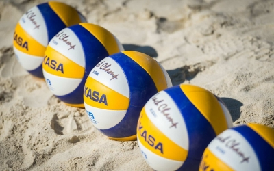 10 reasons why beach volleyball is bae